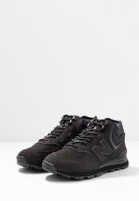 New Balance - WH574 - Höga sneakers - black - 4
