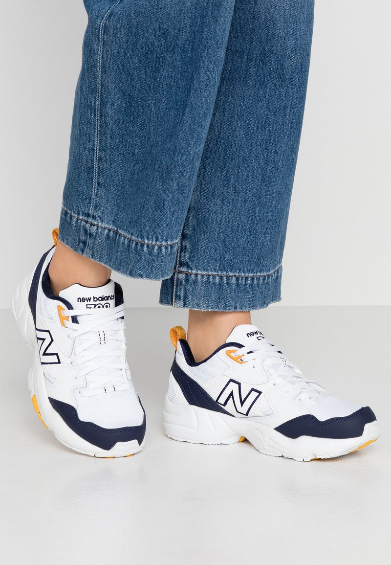 New Balance - 708 - Sneakers laag - white