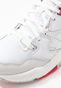 New Balance - 708 - Sneakers basse - white - 2