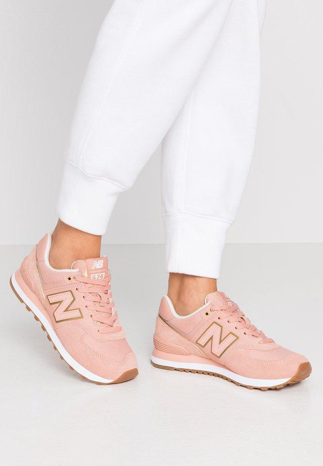 WL574 - Sneakers laag - pink