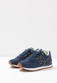 New Balance - WL574 - Sneakersy niskie - navy - 4
