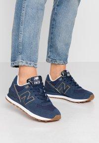 New Balance - WL574 - Sneakersy niskie - navy - 0