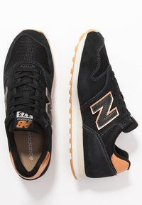 New Balance - WL373 - Sneakers laag - black - 3