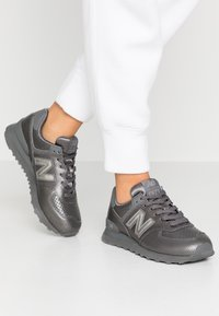 New Balance - WL574 - Sneakers laag - grey - 0