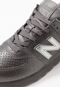 New Balance - WL574 - Sneakers laag - grey - 2