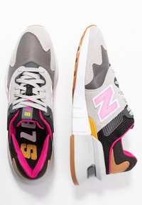New Balance - WS997 - Sneakers - grey/pink - 3