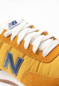 New Balance - UL720 - Trainers - yellow - 2
