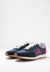 New Balance - UL720 - Baskets basses - blue navy - 4