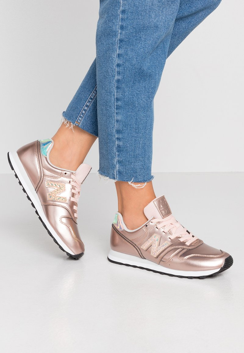 New Balance - WL373 - Sneakers basse - gold