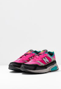 New Balance - WSXRC - Trainers - pink/black - 4