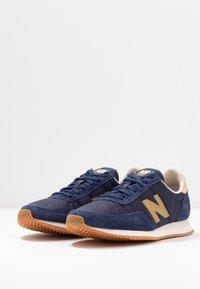 New Balance - WL720 - Zapatillas - navy - 4