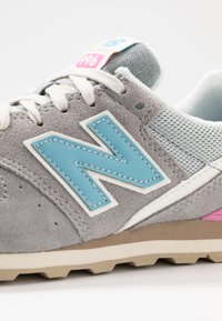 New Balance - WL996 - Trainers - marblehead - 2