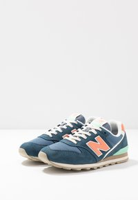 New Balance - WL996 - Trainers - stone blue - 4
