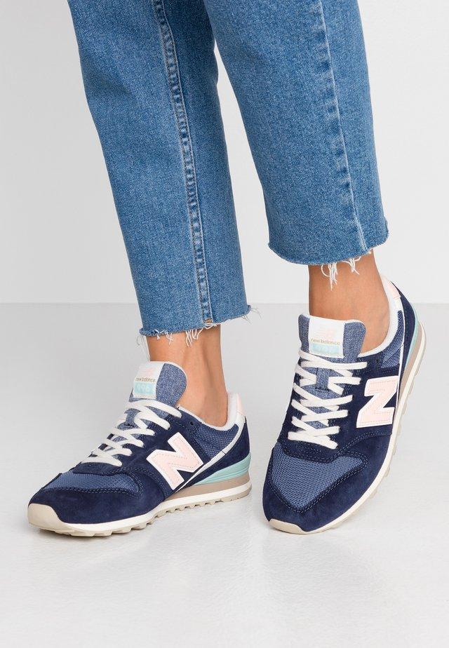 WL996 - Sneakers laag - pigment