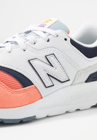 New Balance - CW997 - Matalavartiset tennarit - pink - 2