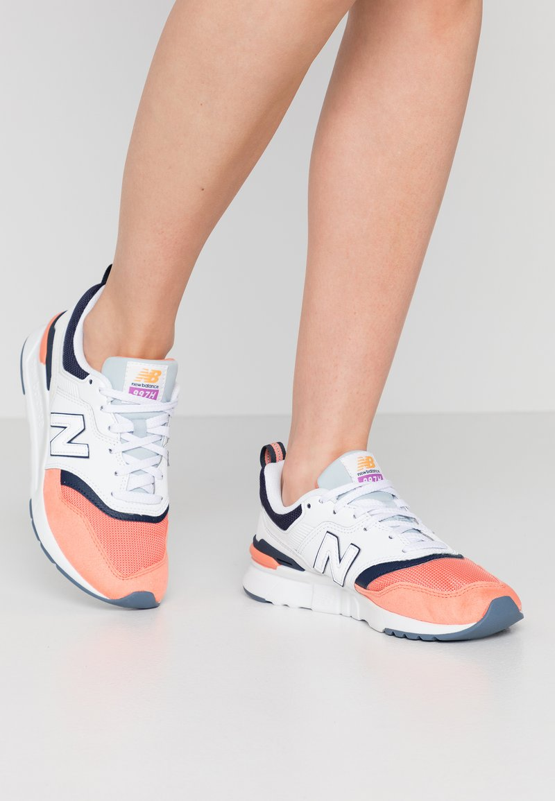 New Balance - CW997 - Matalavartiset tennarit - pink