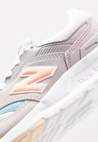 New Balance - CW997 - Matalavartiset tennarit - grey/blue - 2