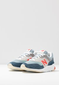 New Balance - CW997 - Sneakers - blue - 4