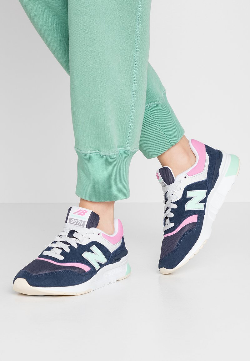 New Balance - CW997 - Zapatillas - navy/pink