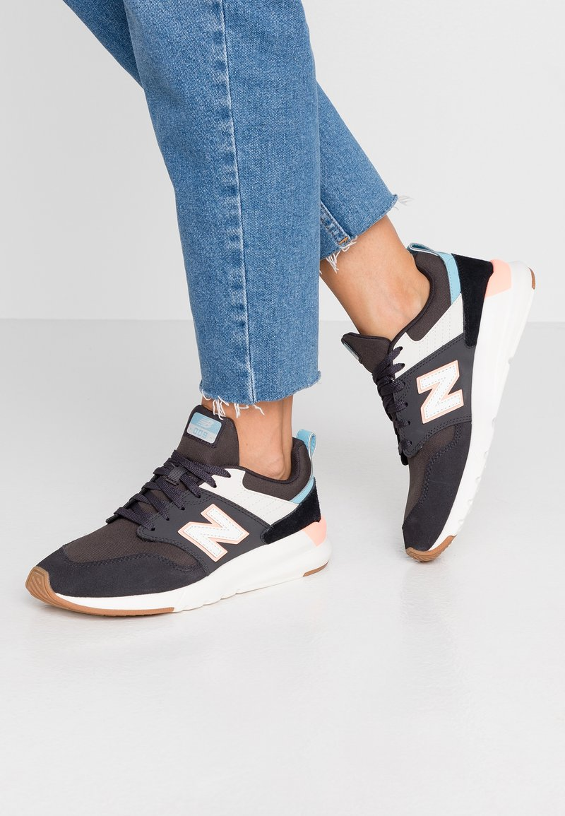New Balance - WS009 - Sneakers laag - black