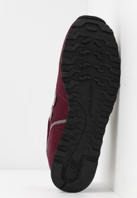 New Balance - WL373 - Trainers - red - 6