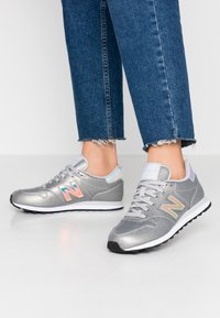 New Balance - GW500 - Sneakersy niskie - grey - 0