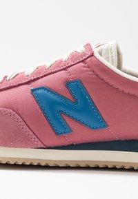 New Balance - WL720 - Zapatillas - purple - 2