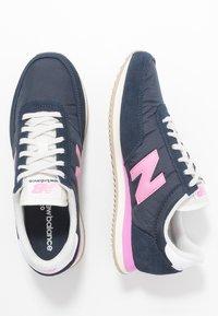 New Balance - WL720 - Baskets basses - navy/pink - 3