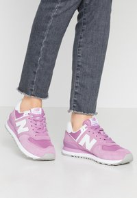 New Balance - WL574 - Sneakers - purple - 0