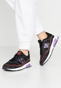 New Balance - WSXRC - Trainers - black - 0