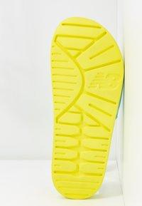 New Balance - SWF20 - Mules - lemon slush - 6