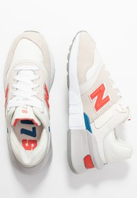 New Balance - WS997 - Sneakers - offwhite - 3