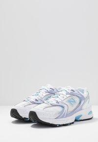 New Balance - MR530 - Sneaker low - white/purple/light blue - 2