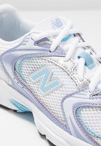 New Balance - MR530 - Trainers - white/purple/light blue - 5