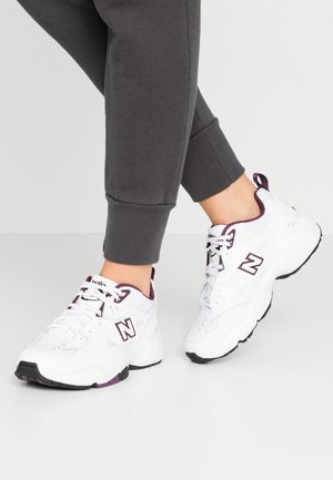 WX608 - Trainers - white/purple