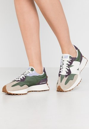 WS327 - Trainers - green