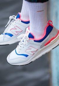 New Balance - CM 997 - Sneakersy niskie - white - 7