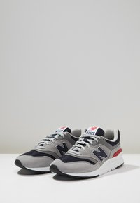 New Balance - CM 997 - Sneakers basse - team away grey - 2