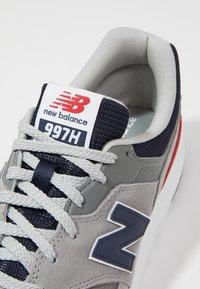 New Balance - CM 997 - Sneakers basse - team away grey - 5