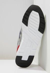 New Balance - CM 997 - Sneakers basse - team away grey - 4