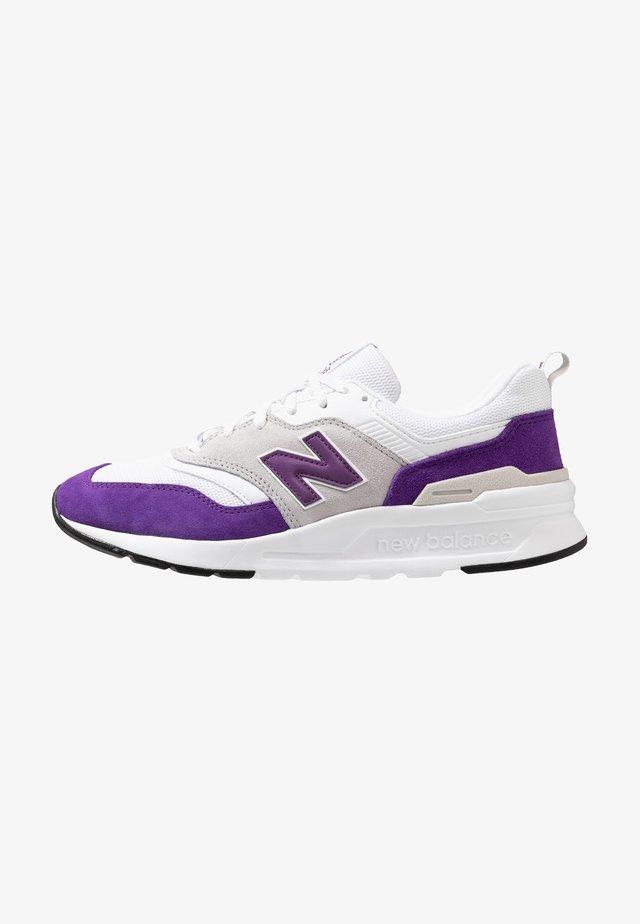 CM 997 - Sneakers laag - purple
