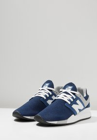 New Balance - Sneakers - moroccan tile - 2