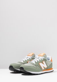 New Balance - GM500 - Sneakers laag - mineral green - 2