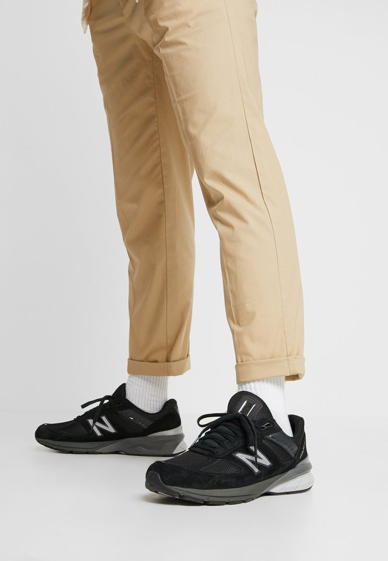 New Balance - 990V5 - Sneaker low - black/silver