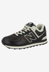 New Balance - ML574 - Sneakers laag - black - 2