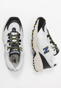 New Balance - M801 - Trainers - white/grey/navy/black - 1