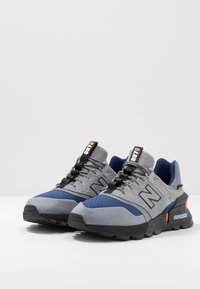 New Balance - MS997 - Sneakers - grey/blue - 2
