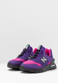 New Balance - MS997 - Sneakers - purple - 2