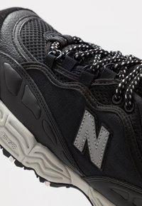 New Balance - ML801 - Sneakers - black/grey - 5