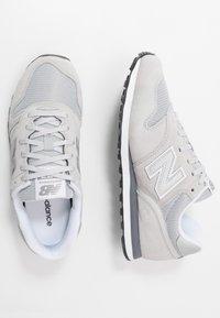 New Balance - Sneaker low - grey/white - 1
